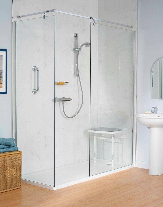 Docce per anziani e disabili sostituzione vasca in doccia - Sostituzione vasca in doccia ...