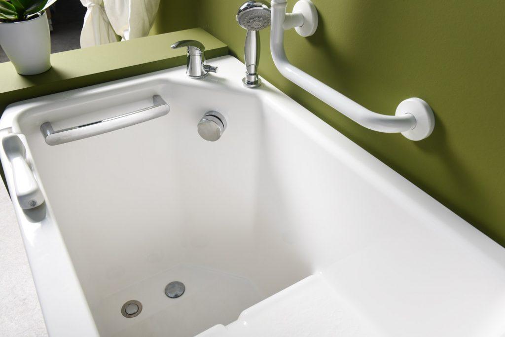 Vasca doccia per anziani e disabili ad accesso diretto