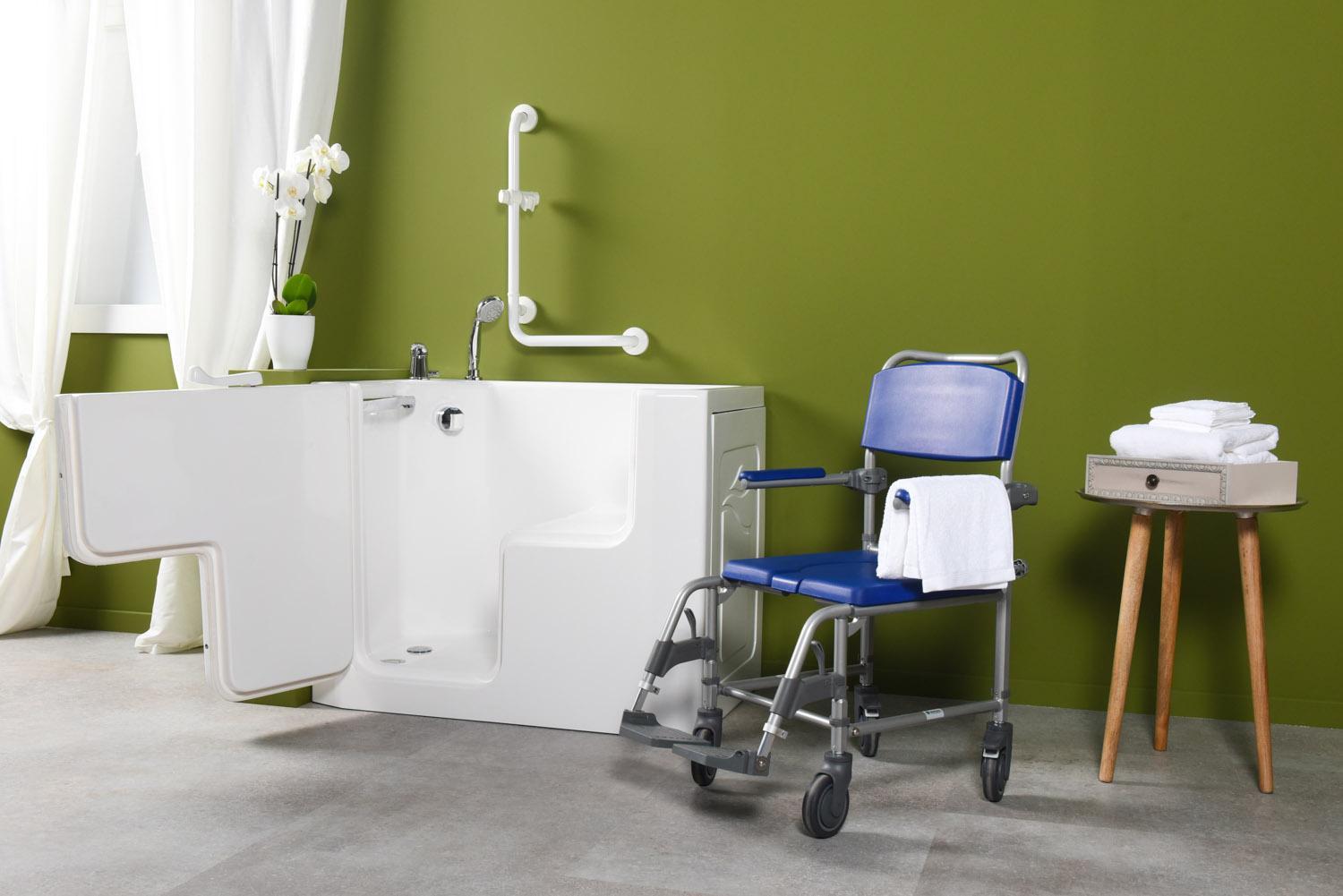 Prezzi Vasche Da Bagno Con Apertura Laterale : Vasto assortimento di docce e vasche da bagno con sportello