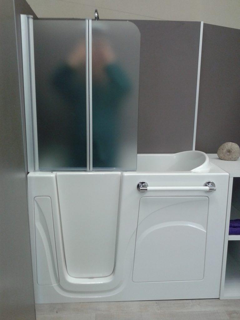 Vasca Da Bagno Per Disabili Con Box Doccia.Docce Per Anziani E Disabili Sostituzione Vasca In Doccia